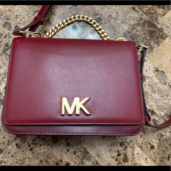 c81c53017a8167 Michael Kors Bags | Mott Chain Swag Shoulder Bag | Poshmark